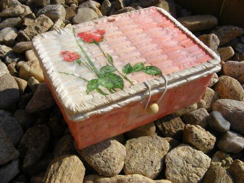 Truhlička - růžička