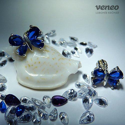 Motýlek - náušnice se safíry