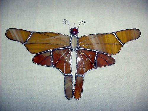 Tropický motýl béžový