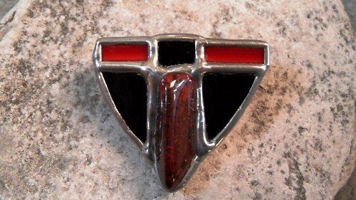 Červená brož