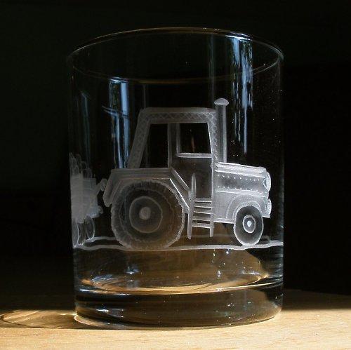 sklenička traktůrek