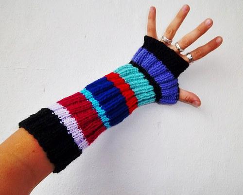 SLEVA - Návleky na ruce - I zima může být barevná