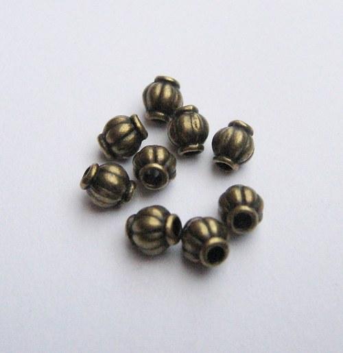 Korálky 4 mm  20 ks.