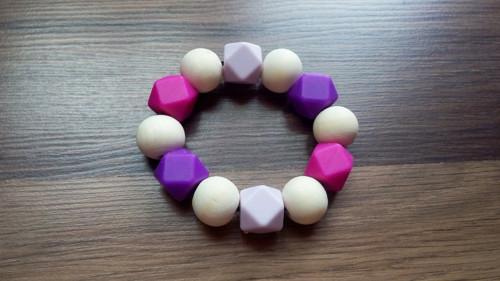 Silikonové Kousátko růžovo-fialové