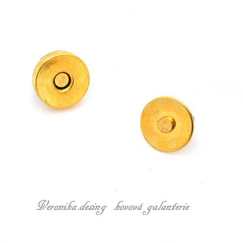 Magnetický buldok - 18 mm mosaz sada 10 kusů