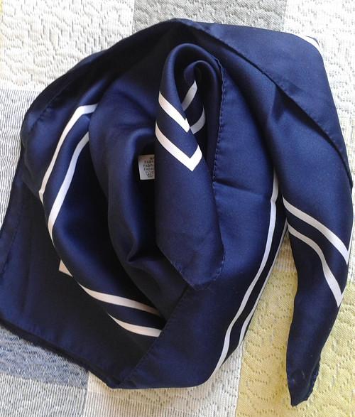 V námořnických barvách - italský šátek 58x58cm