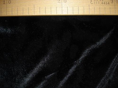 elastický silný černý samet 0,7m šíře150cm