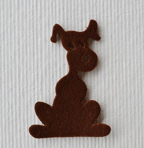Výsek z plsti -  pes hnědý