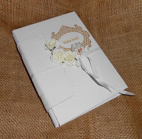 Svatební kniha hostů s textem