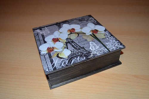 Krabička - PAŘÍŽ a orchidej