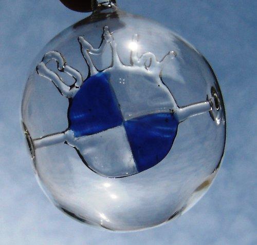 koule s motivem - znak BMW