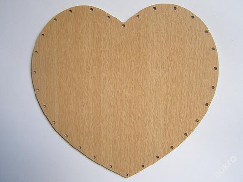 Dno pro pedig  - srdce 20 x 21 - MDF buk