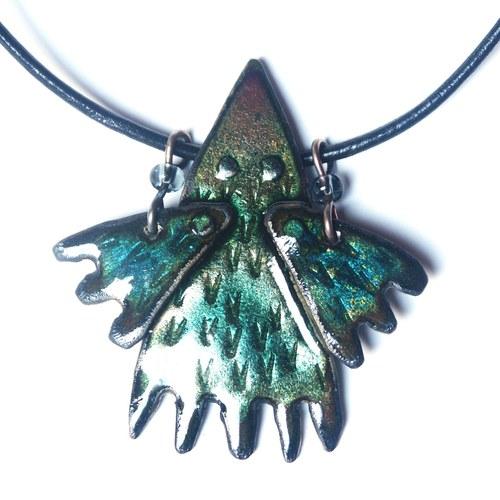 Zelená křídla - smaltovaný náhrdelník