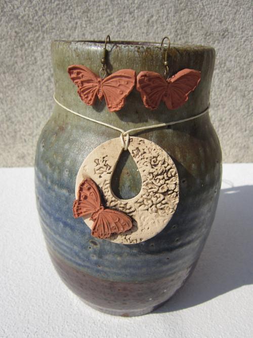 Motýlí křehkost I. (náhrdelník a náušnice)