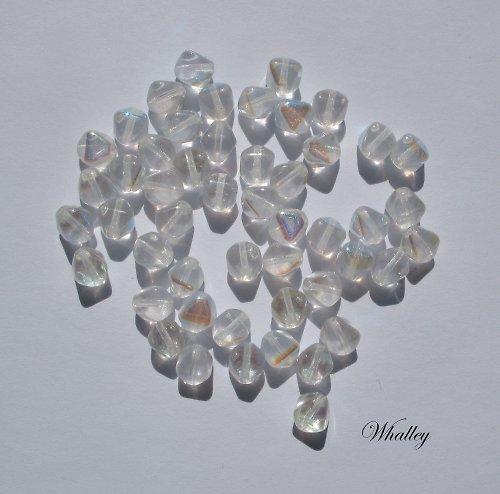 Mačkané Pyramidky Crystal AB 6 mm 50ks