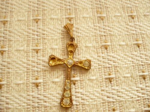 přívěšek - křížek