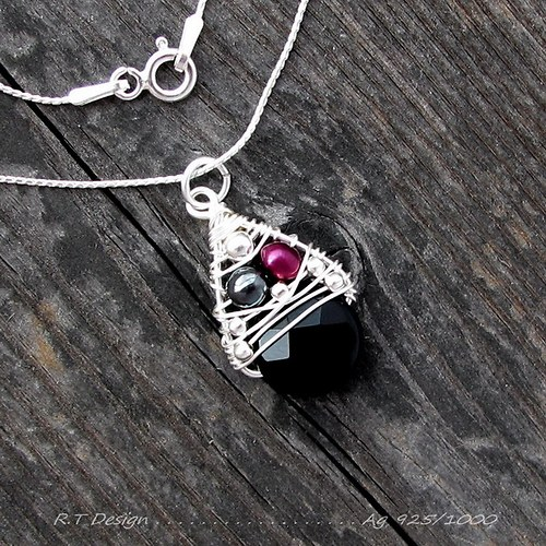 Náhrdelník Ag 925/1000.....Onyx/Hematit/Perla