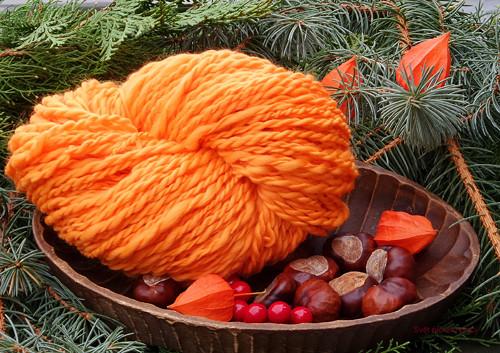 Na březích oranže kvetou-ručně předené merino-160g