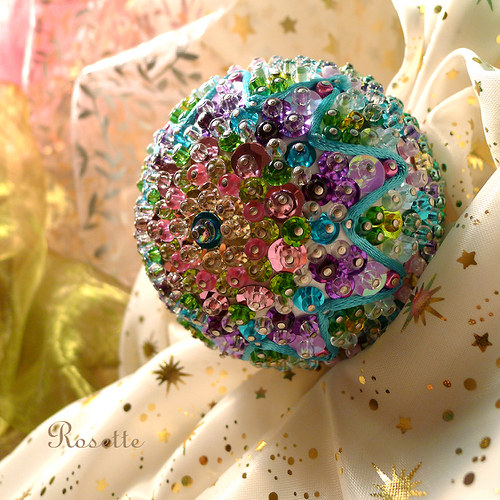 Ksora- dekorační koule