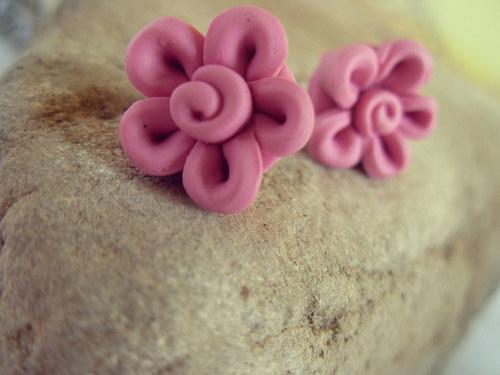 Kytička-růžová