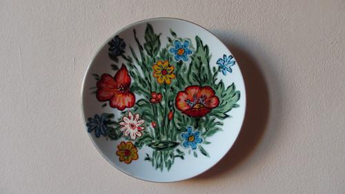 Ručně malovaný talíř na zavěšení s vlčími máky I:
