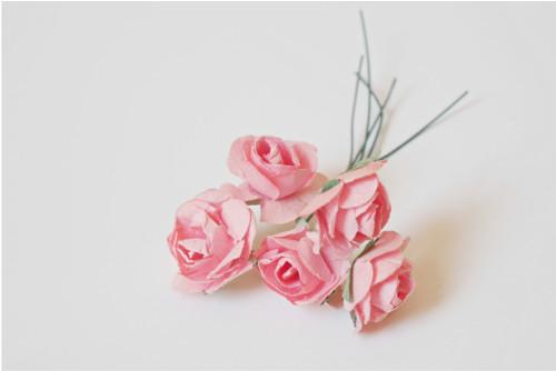 Květy růží papírové - 5 ks
