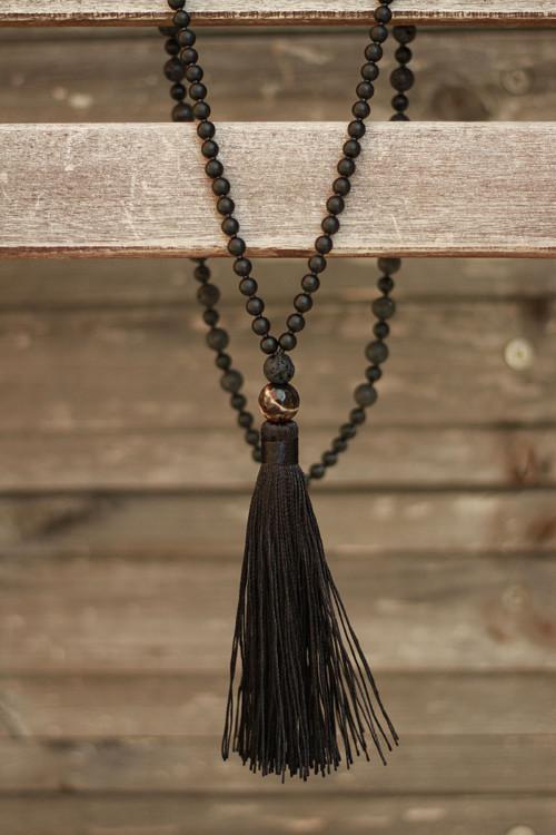 Japa Mala náhrdelník z minerálov a strapcom onyx