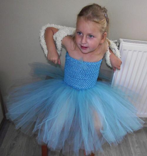 Modré tylové šaty - pro větší slečny 2-8let
