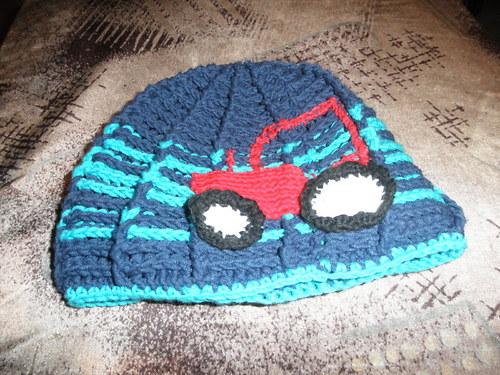 Čepice s traktorem