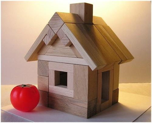 Chatka pro hobita - dřevěná stavebnice