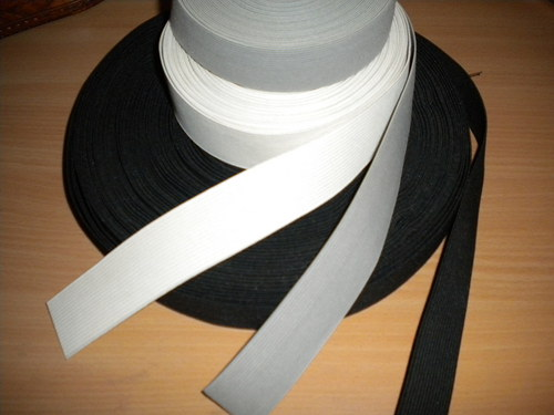 guma šíře 30 mm černá, šedá, bílá
