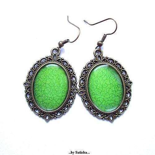 Vintage green...