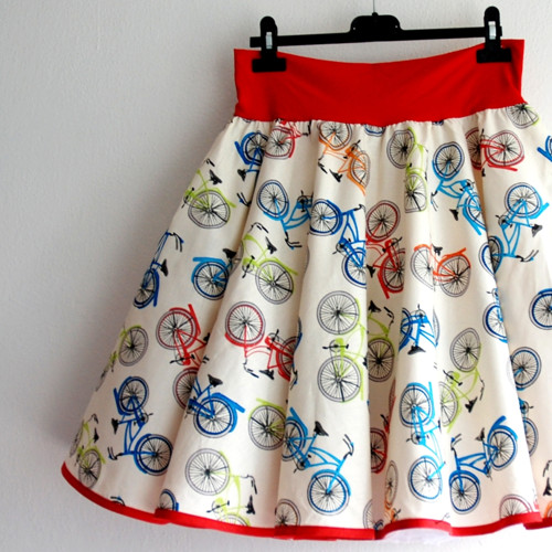 Kolová kolová sukně aneb pro cyklistky- SKLADEM