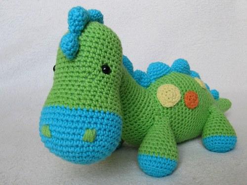 Háčkovaný dinosaurus Dino - návod