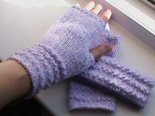 fialová souprava-návleky na ruce+čelenka