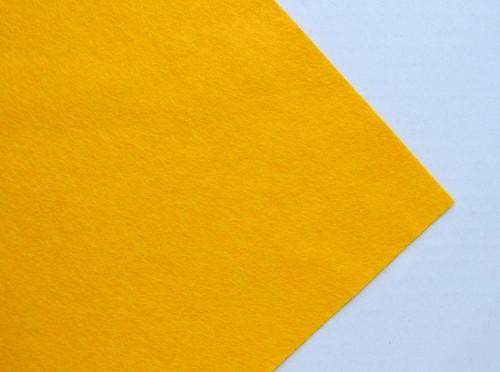 Plsť metráž okrová (šířka 45 cm) (barva č. 7)