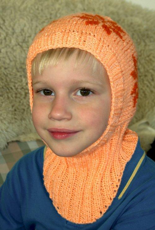 Kukla dětská pletená oranžová s norským vzorem