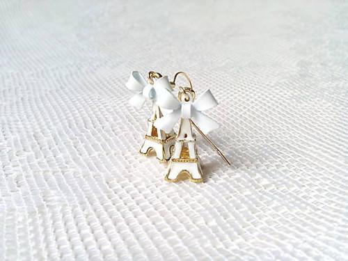 Eiffel earrings (white/24k Gold)