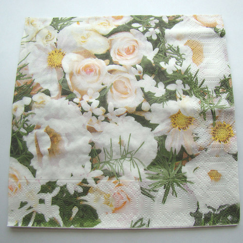 ubrousek bílé růže