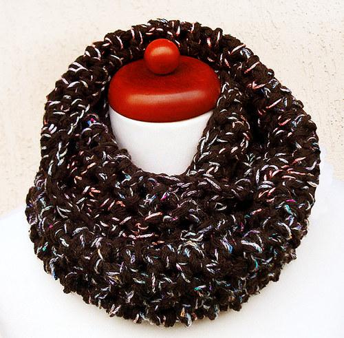 Čokoláda s melírem - háčkovaný nákrčník