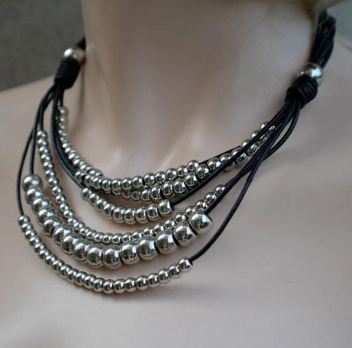 Trendy náhrdelník Araka