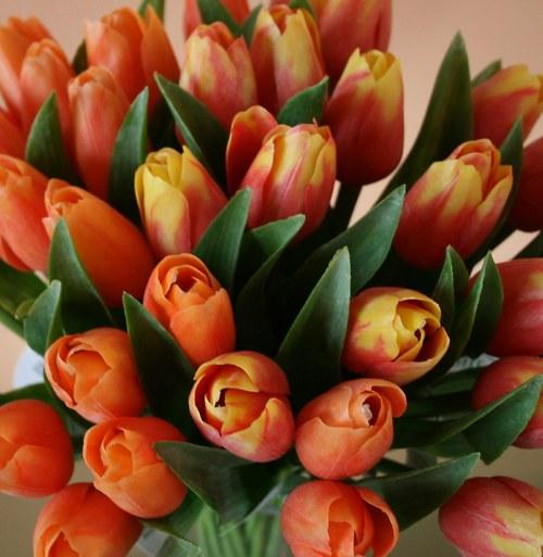 Umělá květina - tulipán