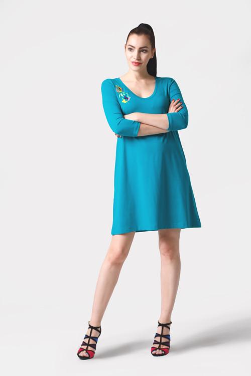 Šaty voľné tyrkysové s výšivkou