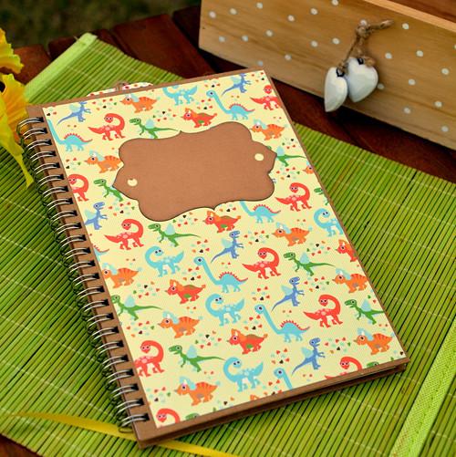 """Zápisník - deník \""""DINOSAURUS\"""", A5"""