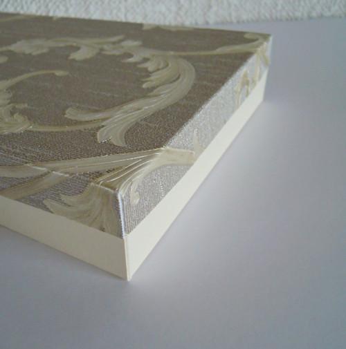 Dárková krabička -zlatý ornament