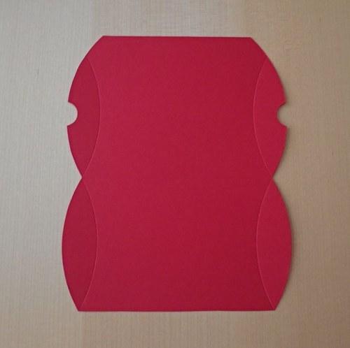 Výřez pro krabičku pukačku - tmavě červená 1ks