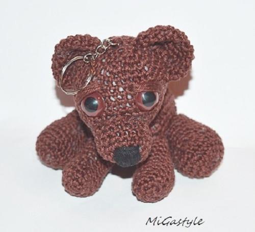 Háčkovaný přívešek - medvídek