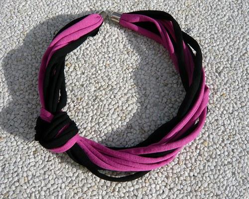 Cyklámově černý uzel - náhrdelník