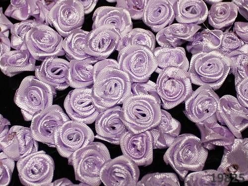 19825 Aplikace růžička saténová fialková bal.10ks