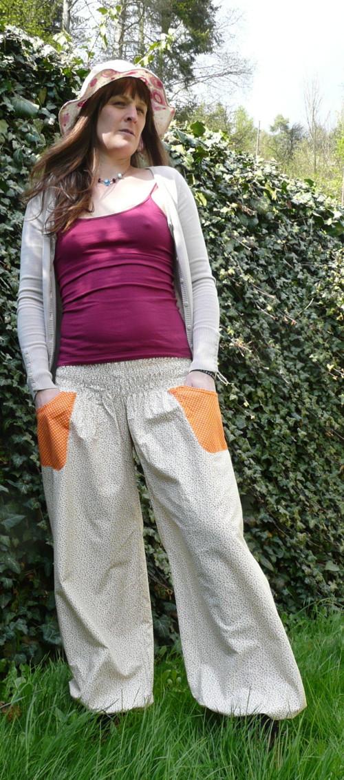 Turecké kalhoty kytičkové